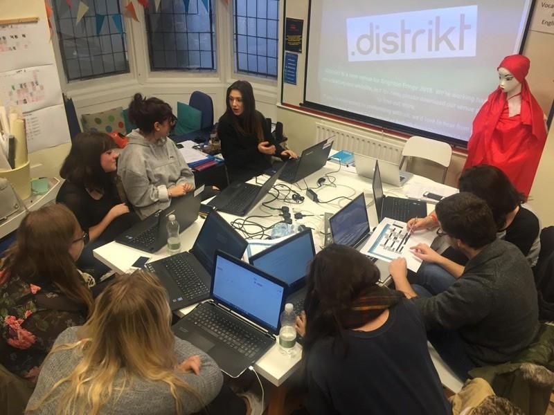 Distrikt class discussion