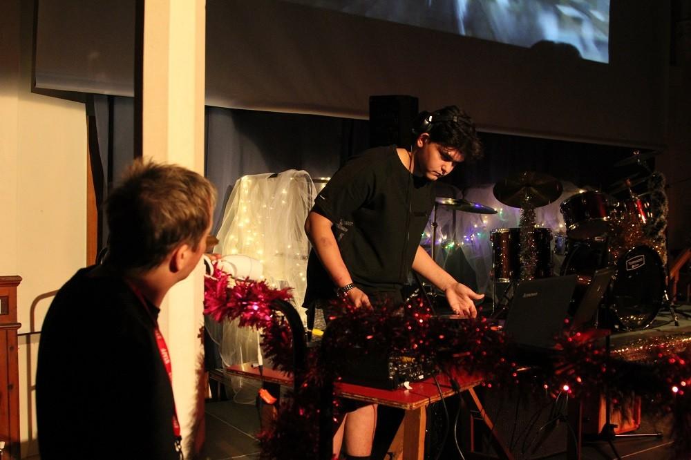 Dv8 Bexhill Christmas Showcase 2016